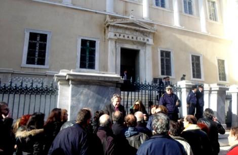 30-1-2014 Συμβούλιο της Επικράτειας: Ο.Λ.Τ.Ε.Ε. και Μαθητές κατά του Υπουργού – Η ΔΙΚΗ