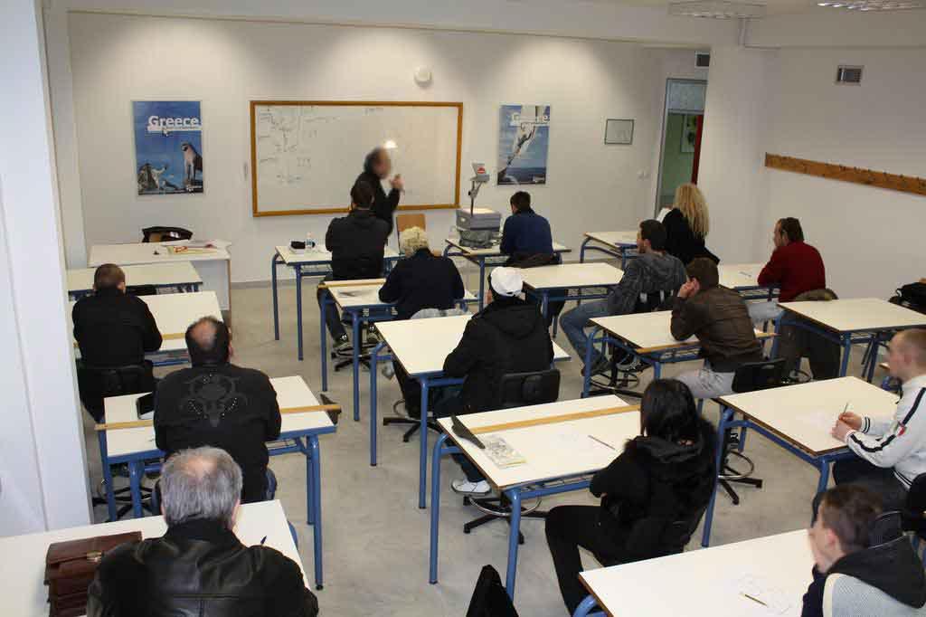 Προβληματισμοί για τα Εσπερινά σχολεία και την επανέναρξη μαθημάτων